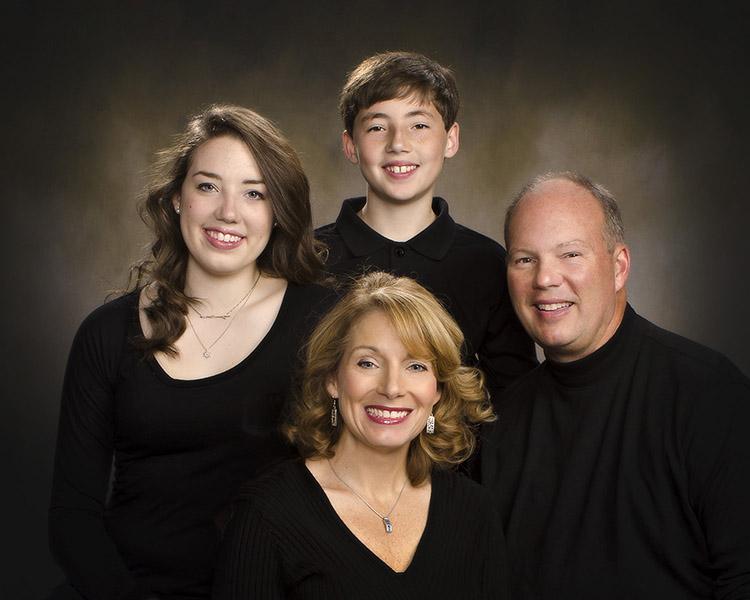 family portrai in black shirts